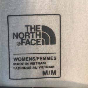 The North Face Tops - ⚡️North Face Half Zip ❄️